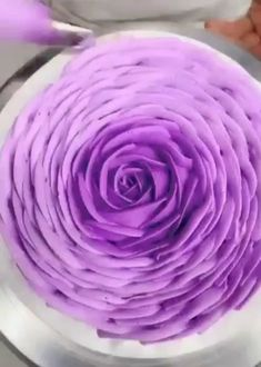 Kreative Kuchen Kunst & Foodporn Foodporn Kreative Kuchen Kunst is part of Cake recipes - Creative Food Art, Creative Cakes, Cake Recipes, Dessert Recipes, Cake Hacks, Frosting Tips, Food Decoration, Cake Decorating Tips, Food Crafts