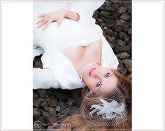 Ein sehr anmutiges und einfach nur schönes Bild der #Braut - übrigens aus einem #Trash The Dress Shooting...