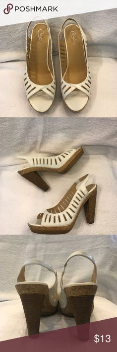 ⭐️size9.5 Candies 🍭 white platform heel super cute size9.5 Candies 🍭 white platform heel these are definitely Spring and Summer ready and can wear any day of the week we all need a white heel in our closet !! heel 5inch Candies Shoes Platforms