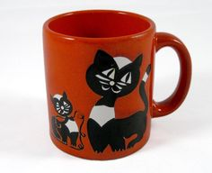 Waechtersbach Cat Kitten Ball of Yarn Mug  Made in by NikNakNook, $14.50