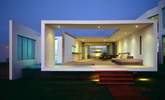 Seaview house in Las Arenas, Peru by Artadi Arquitectos