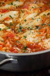 Skillet Cajun Spiced Flounder With Tomatoes Skinnytaste - Skillet Cajun Spiced Flounder With Tomatoes Freestyle Points Calories Cajun Spices Tomatoes Onions And Peppers Give Any White Fish Extra Pizazz And A Little Kick Barbecue Recipes, Fish Recipes, Seafood Recipes, Dinner Recipes, Healthy Recipes, Keto Recipes, Dinner Ideas, Cajun Recipes, Paleo Food