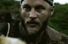 Travis Fimmel - Ragnar - Vikings s1e1