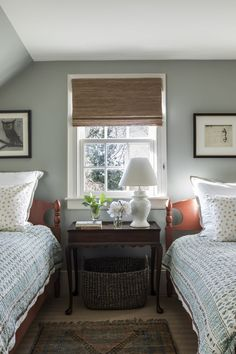 Love this vintage inspired guest room with twin beds. Design by Caitlin Moran Interiors Love this vintage inspired guest room with twin beds. Design by Caitlin Moran Interiors Home Design, Bed Design, Design Ideas, Up House, Cozy House, Home Bedroom, Bedroom Decor, Bedroom Signs, Decorating Bedrooms