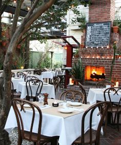 restaurant patio with fireplace Outdoor Cafe, Outdoor Dining, Outdoor Spaces, Outdoor Decor, Backyard Restaurant, Restaurant Design, Restaurant Paradise, Cold Spring Tavern, Café Exterior
