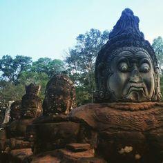 Budda heads bridge in Angkor Wat. Photo by Fer Ayala. #SiemReap #Cambodia #Angkor #Wat #BuddaHeadsOff