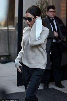 Victoria Beckham spotted in New York February 2016, NYFW. #OversizedKisyovaLazarinova