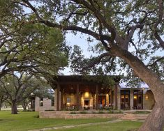 great double height windows, deep porch, raw porch support beams, emphisis on height, set well into landscape Outdoor Rooms - austin - chas architects Hill Country Homes, Country Style Homes, Country Farm, Modern Country, Country Decor, Modern Exterior, Exterior Design, Exterior Houses, House Exteriors