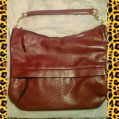 """✂️50% OFF LISTED PRICE✂️ NWT  J Francis purse, Burgundy  in color, large carry everything purse. 15"""" wide, 12"""" deep. Handle has a 9"""" Drop. Trade value $200- J Francis   Bags"""
