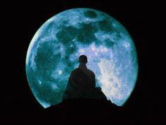 El cielo en el cerebro: la fascinante relación entre la Luna y los neurotransmisores (Parte II)  http://m.pijamasurf.com/2015/04/el-cielo-en-el-cerebro-la-fascinante-relacion-entre-la-luna-y-los-neurotransmisores/