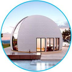 Spacious dome house with individual floor plan Sky 15 Facade Design, House Design, Green Magic Homes, Rammed Earth Homes, Geodesic Dome Homes, Roofing Options, Futuristic Home, Dome House, Round House