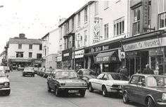 LOOK: Nostalgic pictures shows North Wales shops from decades past - North Wales Live Best Memories, Childhood Memories, Nostalgic Pictures, Cymru, On The High Street, North Wales, Places Of Interest, Homeland, Picture Show