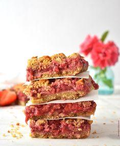 Υγιεινές Μαλακές Μπάρες με Φράουλα – Let's Treat Ourselves Healthy Bars, Energy Bites, Granola, Tuna, Food Photography, Sandwiches, Strawberry, Sweets, Fish