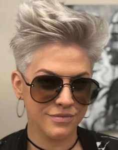 Short Hairstyle 2018 – 203 #WomensHaircutsToShowYourStylist