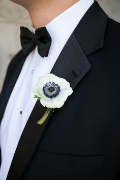 simple black and white boutonniere | Bright + Modern Art Museum Wedding in Milwaukee | Images by Heather Cook Elliot Photography