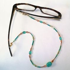 Make a Fabulous Beaded Convertible Eyeglasses Leash / Necklace!
