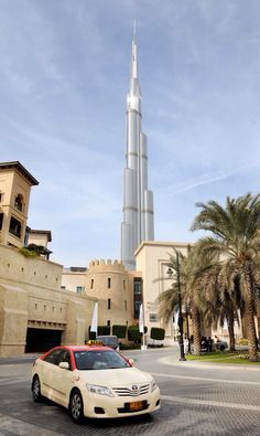 Dubai old meets new
