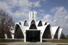 Church of Saint Anselm Parish | St. Louis, Missouri | HOK Architects | photo by Luuk Kramer