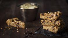 Skillet cookie eli pannukeksi on amerikkalaistyylinen jätticookie. Yksi keksi on niin iso, että siitä riittää useammallekin herkkusuulle.