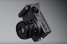 Sigma reveals FP: The smallest and lightest full-frame mirrorless camera, ever It was only a matter of time before Sigma revealed its new camera plans. After all, it had agreed an alliance with Leica and Panasonic back at Photokina confirming… Full Frame Camera, Video Capture, Types Of Cameras, Best Budget, Fujifilm Instax Mini, Leica, Digital Camera, Product Launch