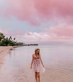 The Top 15 Instagram Hashtags for Female Travelers (+ the Accounts that Will Regram YOU!) - Helene in Between