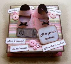 Liste du matériel : 4 grosses boîtes d'allumettes 1 carré en cartonnette de 14,5 cm (si boîte de céréales il faut la doubler p...