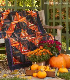 Turn your home into a haunted house with Halloween quilts featuring novelty prints, fall colors, and spooky motifs. Halloween Candy Crafts, Halloween Quilts, Halloween Table, Halloween Sewing, Halloween Ideas, Fall Sewing, Halloween Pillows, Halloween Boo, Happy Halloween