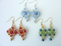 DIY Jewelry: FREE beading pattern for crystal and pearl earrings, framed with 15/0 and 11/0 seed beads. The pattern works great for a matching pendant too!