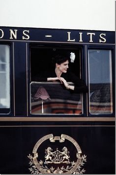 Orient Express about to depart from Paris. I took this train from Paris to Budapest when I was a student in Paris in They serve a wonderful breakfast in the dining car! By Train, Train Tracks, Train Rides, Girl Train, Train Case, Simplon Orient Express, Bonde, I Love Paris, Agatha Christie
