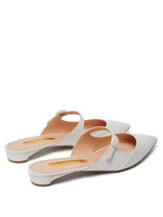 Leather Mules, Leather Flats, Pink Leather, Shoe Boots, Shoes Sandals, Heels, Designer Shoes, Me Too Shoes, Fashion Shoes