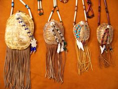 the different size turtle shell medicine bags I make Native American Warrior, Native American Regalia, Native American Beading, American Indians, Native American Projects, Turtle Shells, Bone Crafts, Turtle Painting, Medicine Bag
