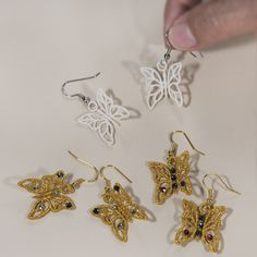 Butterfly Earrings-Sonia Showalter design for machine embroidered free standing lace earrings. Very cool!