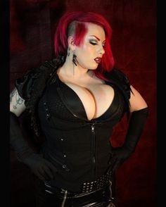 Goth bbw blow queen