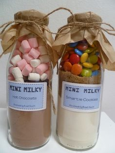 These mini milky mixers have been perfectly matched for a  fun sweet treat, Make delicious smooth hot chocolate's and  12-15 chewy cookies with crunchy colourful smarties.  Incredibly easy to make and the perfect gift for children and children at heart.  Instruction label attached.