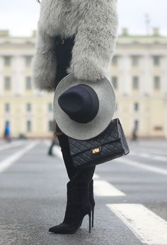 How fashion people dress when it's f*cking cold