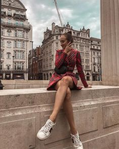 The 50 Best London Fashion Bloggers in 2018 - The CLCK London Fashion Bloggers, Fashion Blogger Style, London Summer, 50th, Your Style, Summer Outfits, Short Sleeve Dresses, Collection, Outfit Ideas