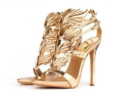 OMG these Gladiator Flame Shoes Are hot! Comes in 3 colours while stocks last!
