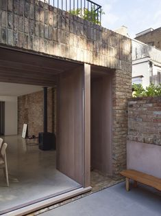 A Ground Floor Renovation of A Victorian Terraced House in London Concrete Paver Patio, Sunken Patio, Brick Extension, House Extension Design, Extension Ideas, Timber Sliding Doors, Architects London, Brick Detail, Victorian Terrace House