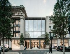 David Chipperfield Architects completes unifying renovation for Selfridges department store in London | Photo: Simon Menges | Archinect