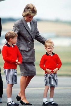 Con estampado príncipe de Gales, ceñida a la cintura y con escote Bardot, así imaginamos a la madre del príncipe Harry en 2018