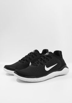 Nike Performance FREE RN 2018 - Laufschuh Natural running - black/white - Zalando.at Nike Free, Sneakers Nike, Running, Black And White, Shoes, Natural, Fashion, Running Shoes, Keep Running