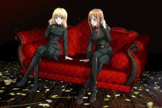 both Victorias side by side (left: light novel+ manga, right: anime)