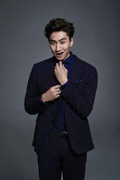 Lee Kwang Soo for Esquire Hong Kong Ji Suk Jin, Yoo Jae Suk, Korean Variety Shows, Korean Shows, Korean Celebrities, Korean Actors, Runing Man, Lee Kwangsoo, Running Man Korean