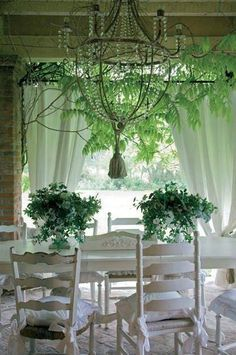 shabby chic fb page Cottage Shabby Chic, Cozy Cottage, Cottage Homes, Shabby Chic Decor, Cottage Style, Decor Vintage, Outdoor Rooms, Outdoor Living, Outdoor Curtains