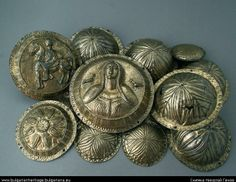 In 1918, in the vicinity of the village of Galiche a treasure was found , consisting of 14 silver Faller, image of a woman on horseback and rosettes - skillfully woven and gold-plated. Treasure dates from II-I century BC.