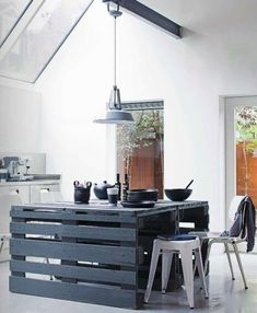 29 Awesome Pallet Furniture Project Ideas You Can Do For Your Home Kitchen  Island Made With