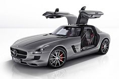 Mercedes Benz, the multinational division of German auto maker Daimler AG has a number of plans for this year. Be it SUVs, Sedans of Coupe, the company has it all on schedule for 2013 model year lineup, launches which will be announced in due course.