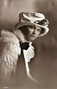 An extraordinarily beautiful portrait--one I've never seen before--of the most beautiful rose of them all, Olga.