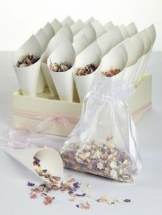 Wedding confetti bags how to do it yourself packaging ideas i dont like when ppl throw stuff and i def dont like solutioingenieria Images