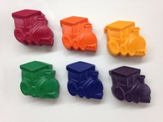 25 Train Shaped CrayonsRecycled CrayonTrain by ScarletChickadee
